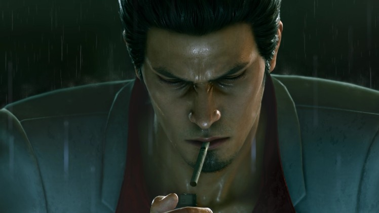 Kazuma Kiryu fuma sotto la pioggia